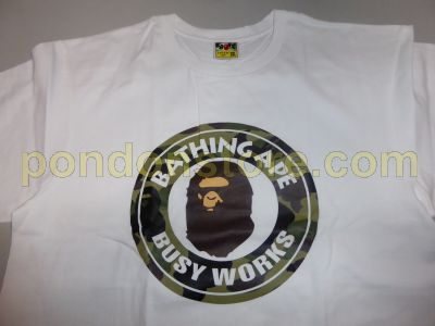 846d15442 A BATHING APE : bape 1st camo busy works white/green tee [Pondon Store]